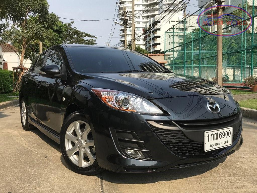 2012 Mazda 3 01