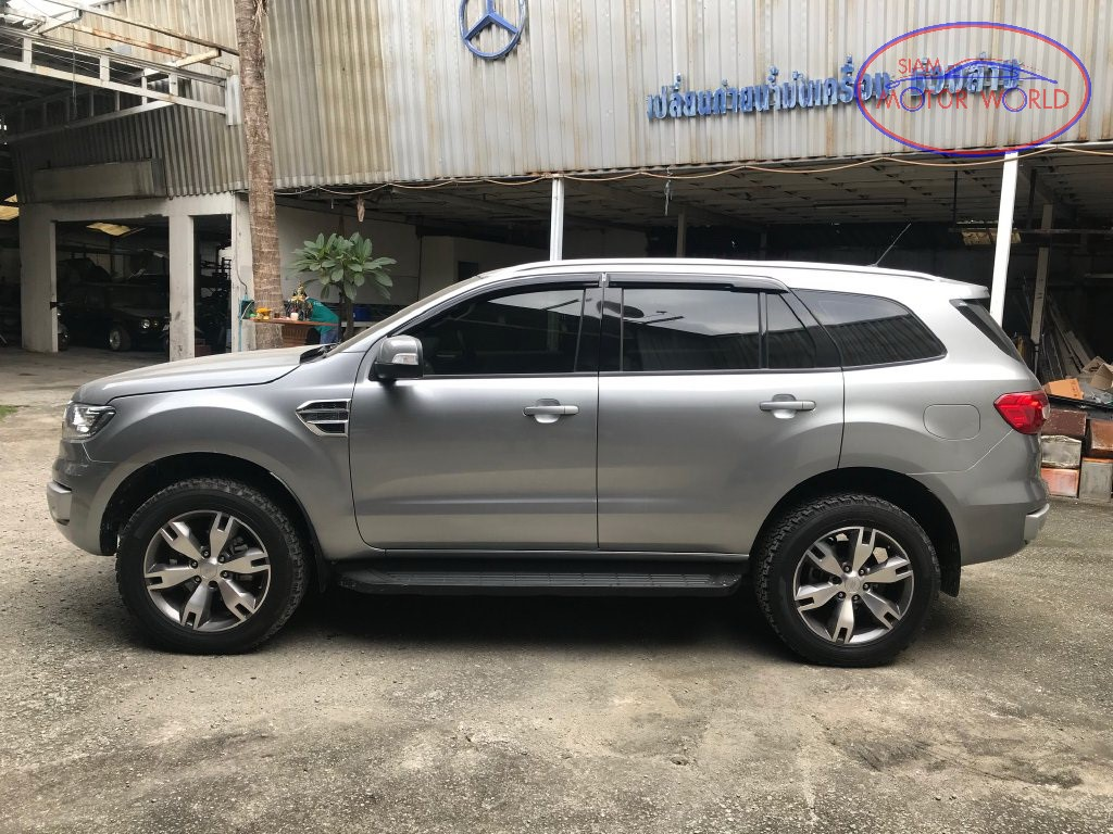 2015 Ford Everest 2